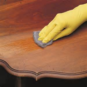 wood-wax-furniture-polish